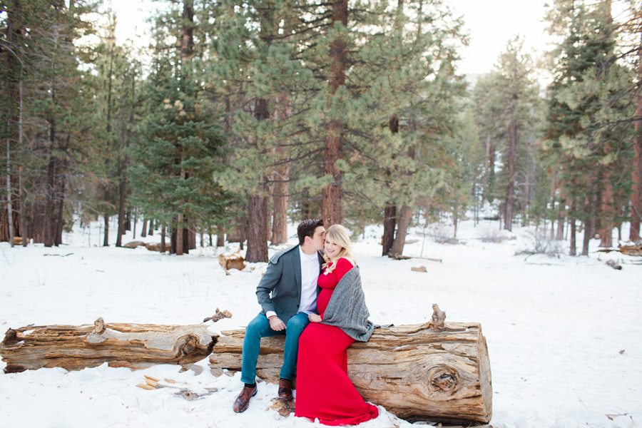 palm springs snowy maternity session