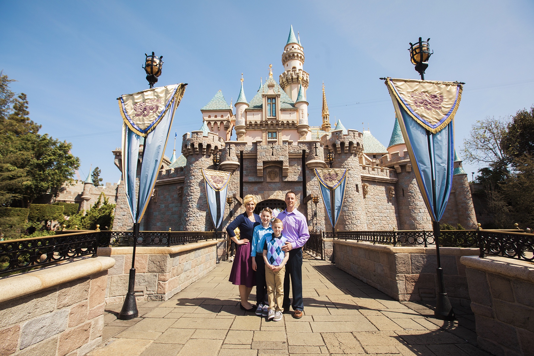 Disneyland Family Session